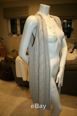 Lovely Loro Piana Cable Knit Cashmere Blend Sleeveless Cardigan! Size L