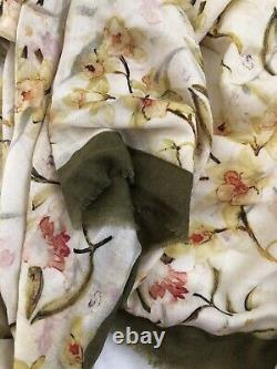 New loro piana cashmere HUGE SCARF WITH FRINGE floral made in Italy